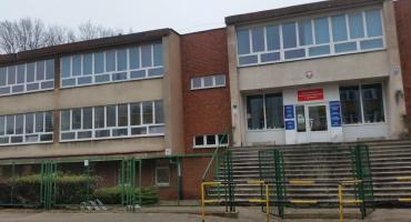 Prawie 750 zarzutów postawiła prokuratura byłej dyrektorce szkoły