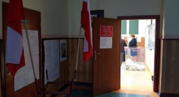 PiS zdeklasował KE w gminach. Największe poparcie PiS miał w Przytułach
