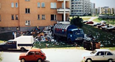 Balkon sprzątnięty. Pytanie: na jak długo?...Zobaczcie zdjęcia z lat 90-tych...