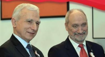 Spotkanie z Piotrem Naimskim i Antonim Macierewiczem w CH Szembeka