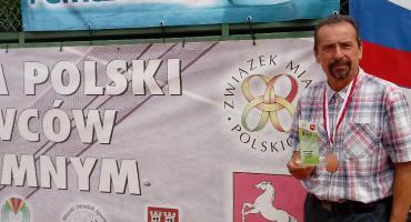 Tenis ziemny samorządowców: Mieczysław Makowski z brązem