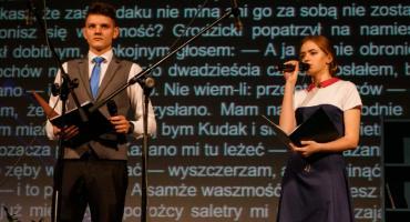 Czytali na głos nie tylko po angielsku