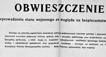 """,,Inteligenciki spier***ać"""". Stan wojenny w Szczecinku: Wspomnienia Wacława Liniewicza"""