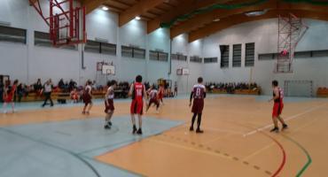 Emet Basket z dwoma wygranymi meczami