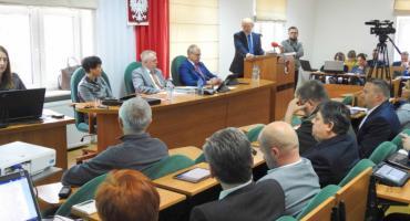 Sesja budżetowa. Radni podjęli uchwałę w sprawie uchwalenia budżetu powiatu szczecineckiego