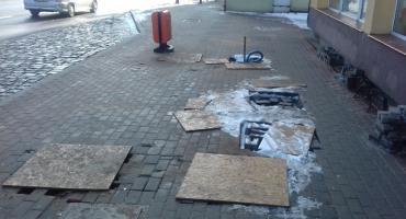 Budowa przystanków: Czy ktoś ma w końcu wpaść w te dziury? (aktualizacja)
