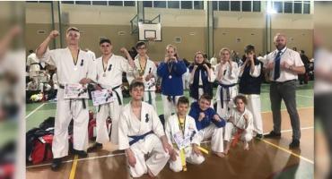 Medale karateków ze Szczecinka w Resku