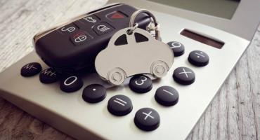 Kalkulator ubezpieczenia samochodu – kiedy trzeba wykupić polisę OC?