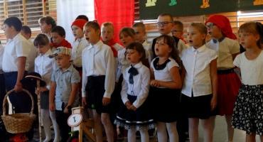 Coraz mniej dzieci w gminnych szkołach