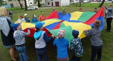 Zbiórka karmy i dobra zabawa. Przedszkolaki wspierają schronisko dla zwierząt