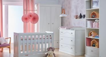 Urządzanie pokoju dla niemowlaka – wybór mebli