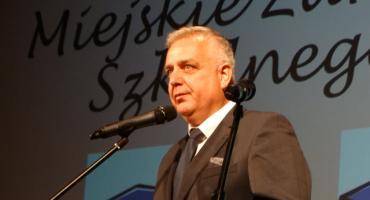 Burmistrz dostał brawa, strajkujący nauczyciele dostaną nagrody