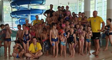 Niedziela Pływacka w Szczecinku. Świetna zabawa najmłodszych na rozpoczęcie wakacji