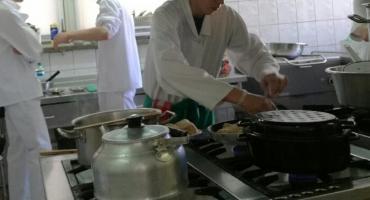 Dziennikarz, kelner, stolarz, kucharz, pracownik myjni. Praca w Szczecinku, oferty PUP