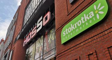 Zamykają market Stokrotka w galerii Hosso