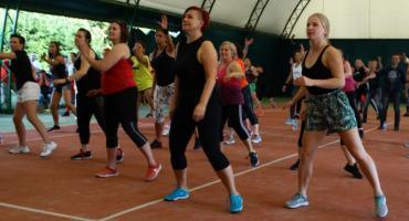 Maraton Zumba Fitness w Szczecinku. Pomagali 2-letniej Amelce