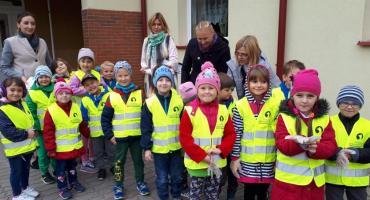 Przedszkolaki i uczniowie w Starym Chwalimiu także sprzątali świat