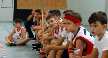 Młodzi koszykarze z czterech miast spotkali się w Szczecinku