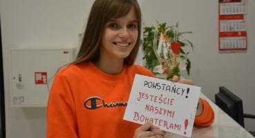 Młodzież ze Szczecinka w akcji BohaterON. Uczniowie napisali listy do powstańców