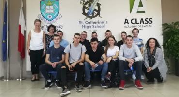 Uczniowie z Zespołu Szkół Technicznych przebywają na Malcie