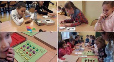 Zabawy z matematyką w siódemce. Uczniowie ze Szczecinka wzięli udział w projekcie mFundacji