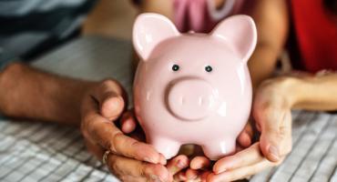 Czym się różni pożyczka od kredytu?