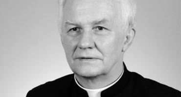 Zmarł honorowy obywatel Jarosławia ks. Władysław Drewniak