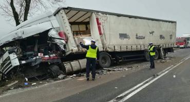 Zderzenie ciężarówek. Policja wyznaczyła objazdy!