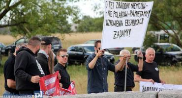 Jedwabne: Premier nie wyklucza ekshumacji