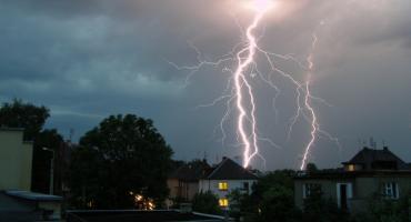 Pogoda: burze z gradem nad regionem. IMGW wydało ostrzeżenie pierwszego stopnia