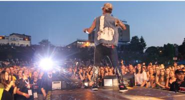 Wielki koncert na muszli zakończył łomżyńskie Juwenalia 2019 [VIDEO i FOTO]