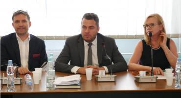 Łomża: Wotum zaufania i absolutorium. Radni zagłosowali jednomyślnie