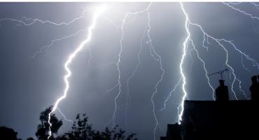 To jeszcze nie koniec? IMGW ostrzega przed burzami z gradem