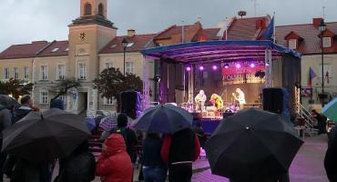 Koncertowy i ulewny Polski Dzień Bluesa 2019 [VIDEO i FOTO]