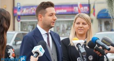 Konferencja prasowa europosła Partyka Jakiego i Aleksandry Szczudło [LIVE]