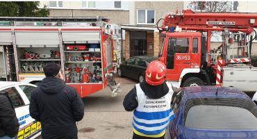 Łomża: Pożar na szóstym piętrze. W akcji kilka zastępów straży [FOTO]