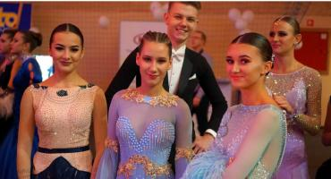 W Piątnicy trwa XXIII Ogólnopolski Turniej Tańca Towarzyskiego Sportowego [FOTO]