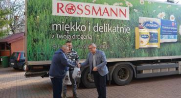 Łomża: Artykuły z Rossmanna trafiły do DPS-u [FOTO]