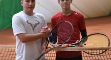 Wiktor Kosowski mistrzem województwa w tenisie