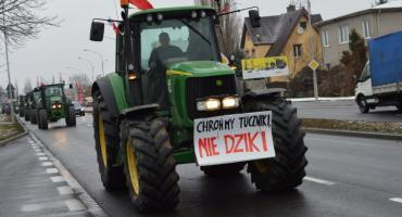 Protest rolników w Pile i na DK11 [VIDEO]