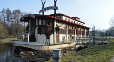 Wrak w centrum Piły. Osiem lat od zatonięcia Mississippi [VIDEO]