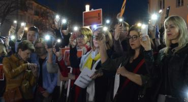 Strajk Szkolny. Kolejny wiec poparcia w Pile [VIDEO][ZDJĘCIA]