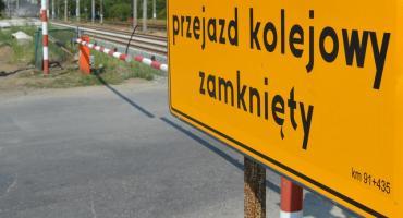 Remont na przejeździe. Utrudnienia dla kierowców i pasażerów MZK