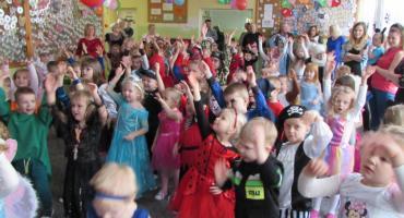 Karnawałowe szaleństwo przedszkolaków z Piątki