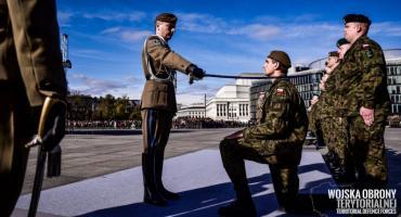 Pierwsze patenty oficerskie dla żołnierzy 5MBOT