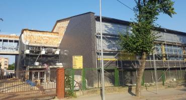 Opóźnienia na budowie hali przy Piątce