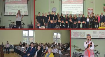 """I Powiatowy Festiwal Piosenki Patriotyczno-Religijnej """"Młodzi dla Niepodległej"""""""