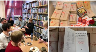 Walentynki w bibliotece – Randka w ciemno z książką