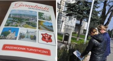 Zwiedzaj Garwolin i poznaj swoje miasto na nowo – tabliczki i Spacerownik