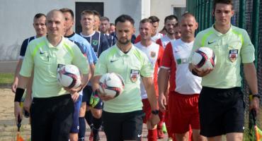 Wilga wygrywa derby i zostaje w IV lidze!